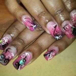 Игривый молодежный дизайн ногтей