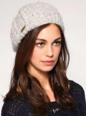 Тренды зимы 2011: стильные головные уборы