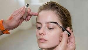 Модный стиль 2012: контрастные губы и ногти. Пошаговое руководство как воплотить образ