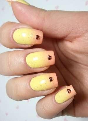 Праздничные идеи для оформления ногтей