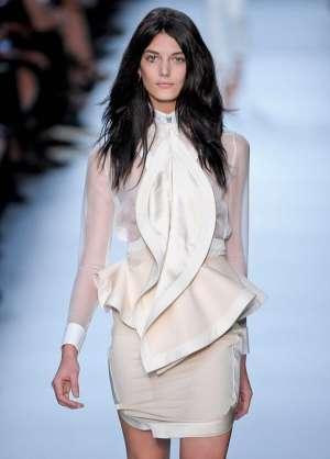 Модный тренд баска. Как адаптировать модную деталь к типу фигуры