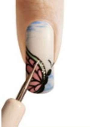 Фото-урок летнего маникюра: Бабочка
