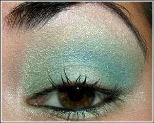 Фото-урок макияжа: нежные бирюзовые оттенки