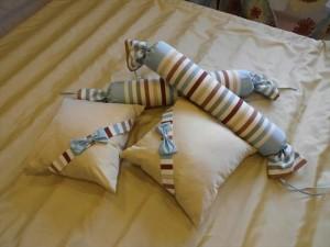 Подушка для детской кровати