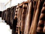 Рынок с меховыми изделиями